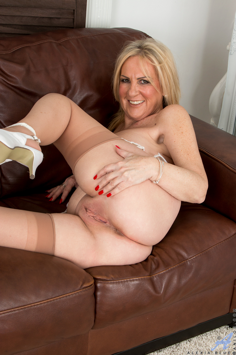 Assured, sexy blonde milf pantyhose apologise