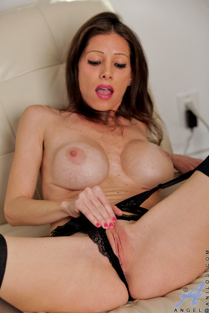 Not cougar pussy galleries