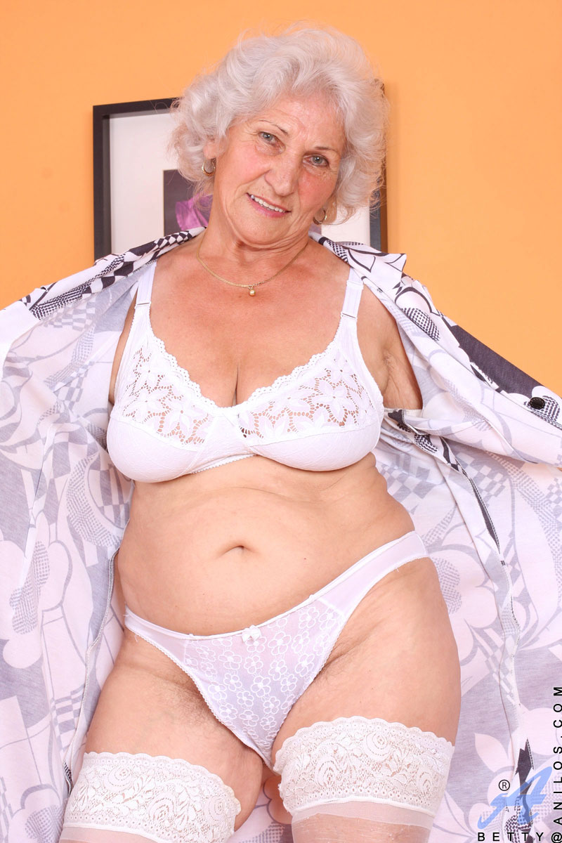 Most excellent anal granny - 1 9