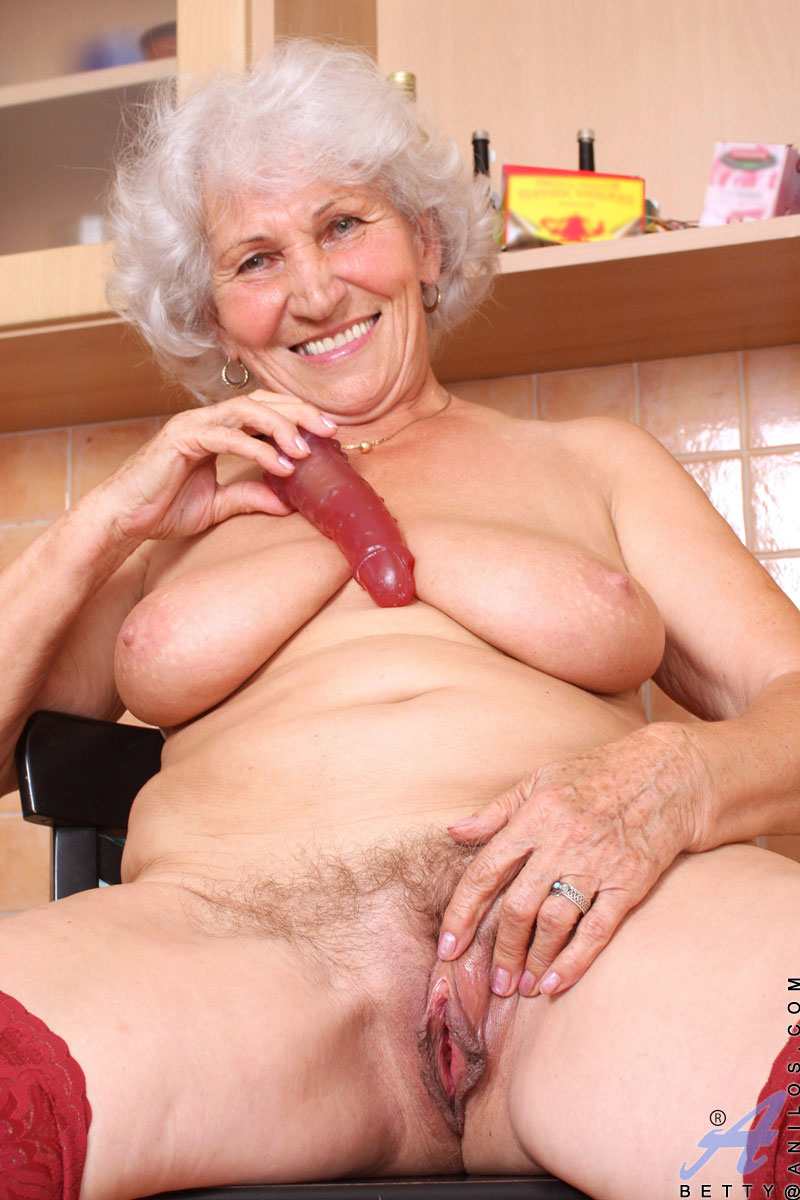 naughty anilos granny takes off her panties sucks and stimulates her