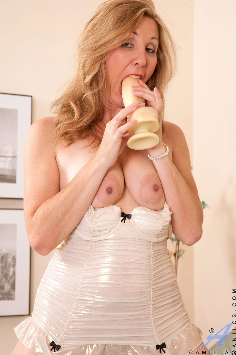 Cfnm naked husband for his wife