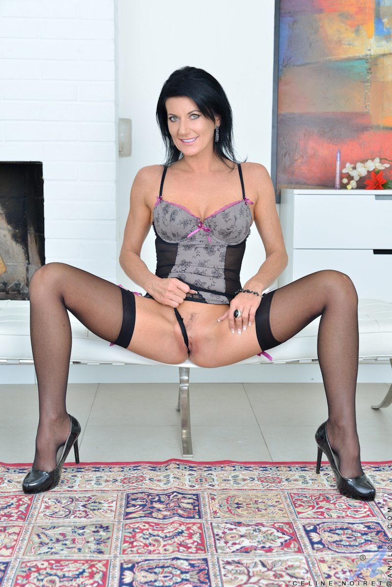 Free Mature Mommy 121