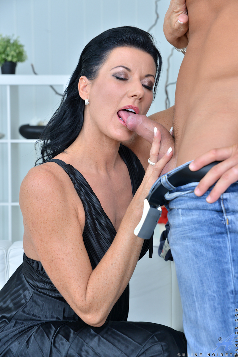 Fucking Ass fucked housewife delight!xx will