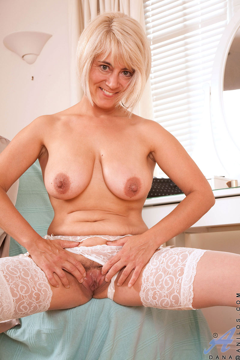 Mature nipples cougar matchless