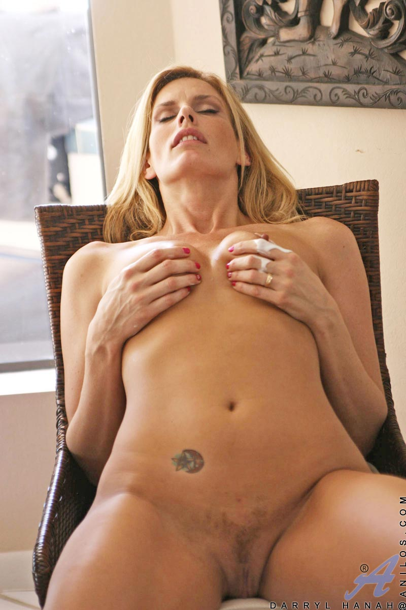 Was free cougar milf movies good