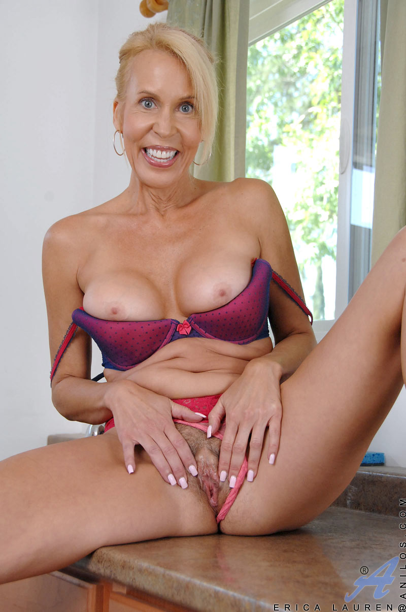 Pictures Of Nude Grannies 61