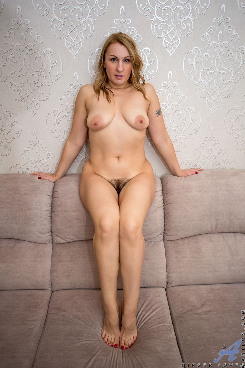 mom love be naked