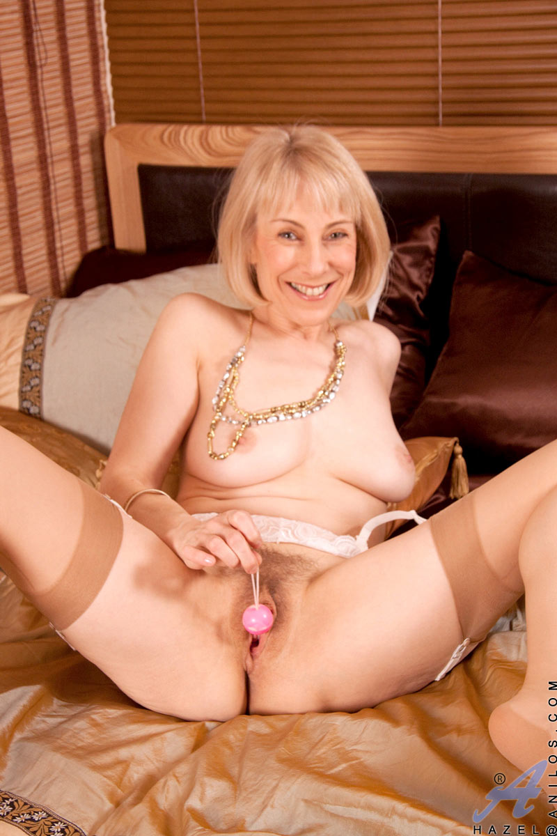Seems Nude milf hd pics can