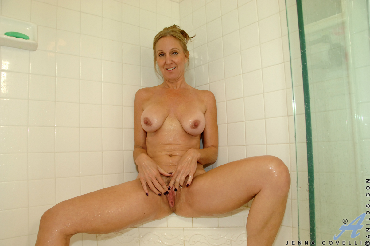 Not Milf shower scenes Perfect pussy