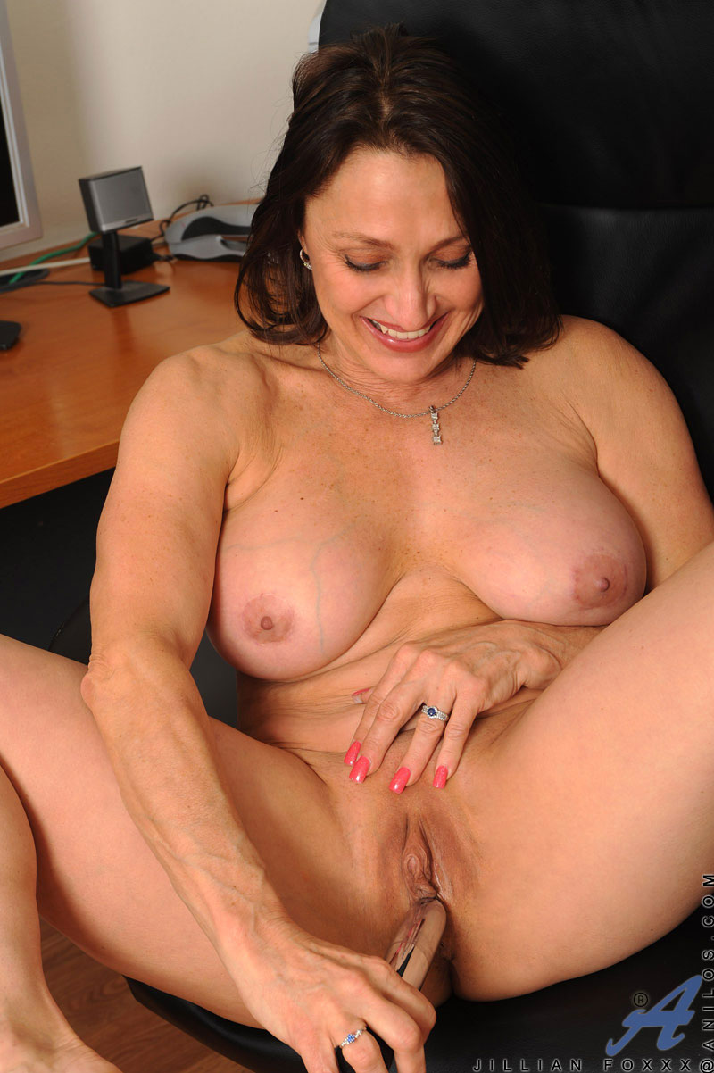 mature women jillian foxxx