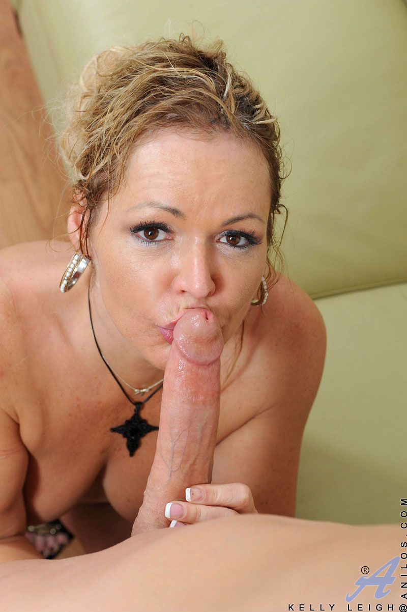 Anilos.com - Freshest mature women on the net featuring Anilos Kelly Leigh ...