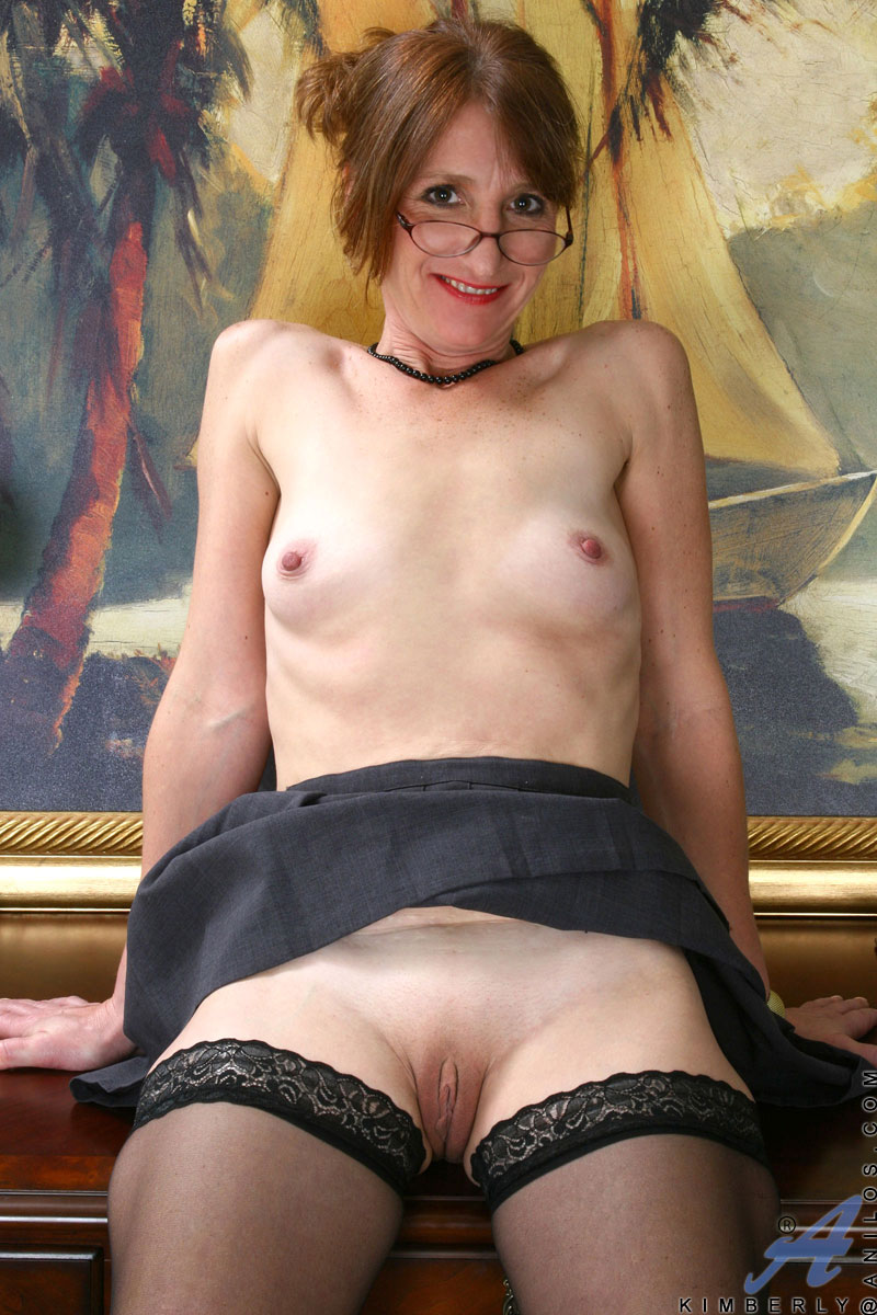 mature and young porn gallery