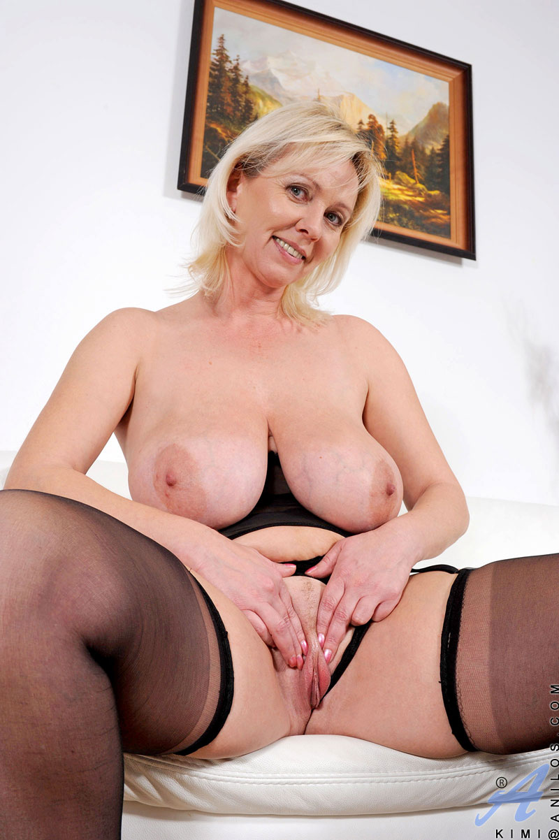 Czech slut mona lee gets every hole stuffed with four cocks 10