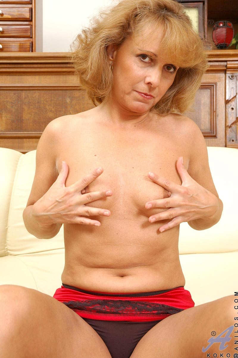 Cougar nude mature milf have