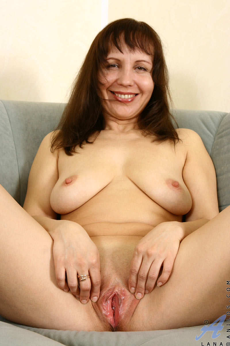 hot shaved mature cunt adult