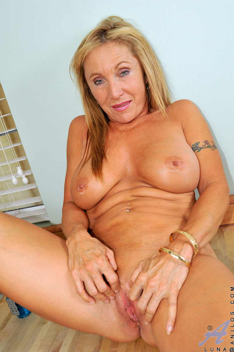 Group Orgy luna and milf father front