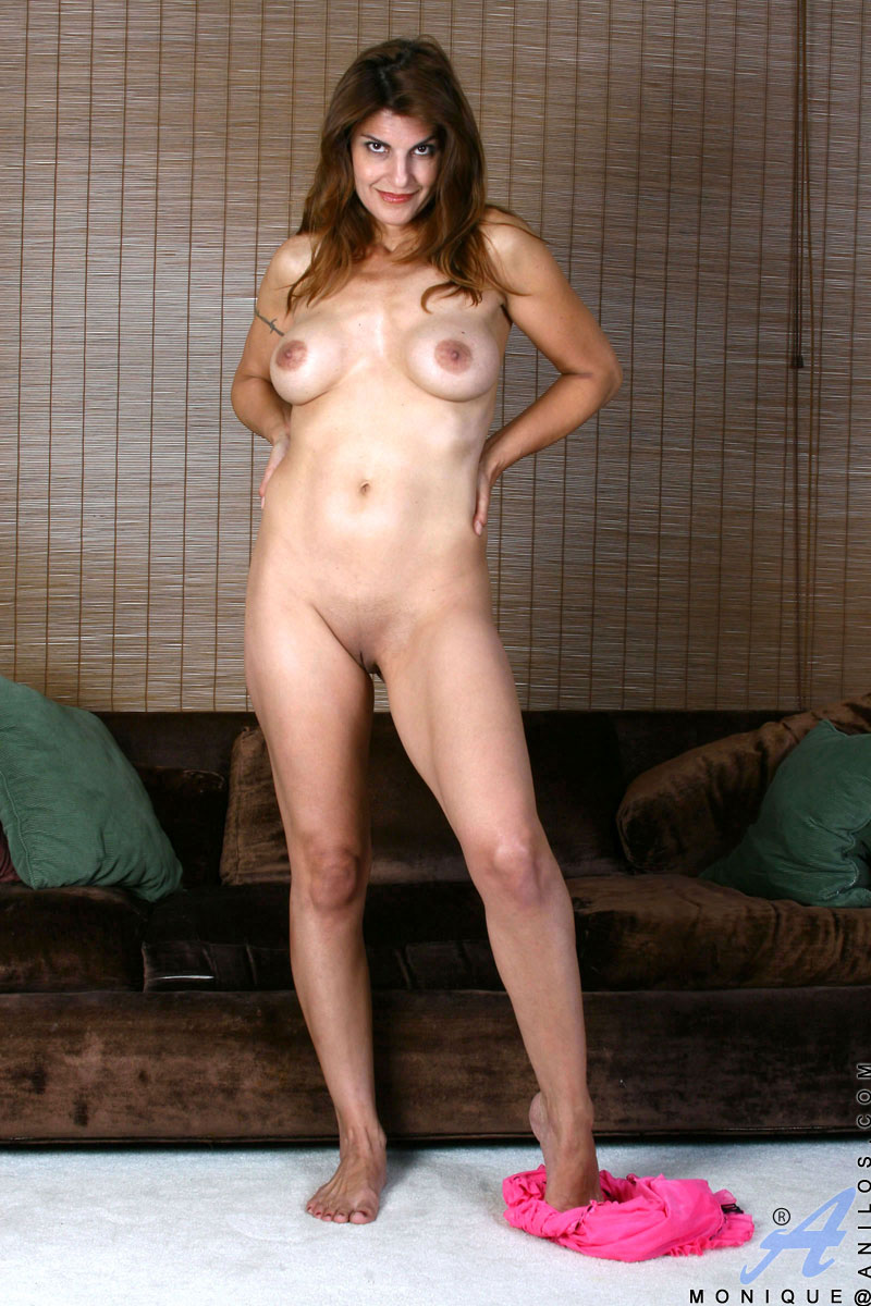 http://images.anilos.com/galleries/monique/milf_pussy_/monique-3_017.jpg