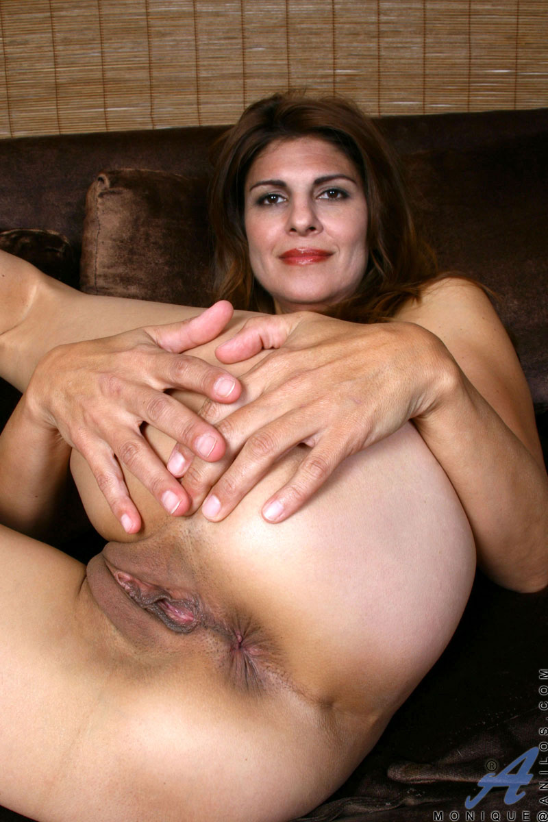 http://images.anilos.com/galleries/monique/milf_pussy_/monique-3_031.jpg