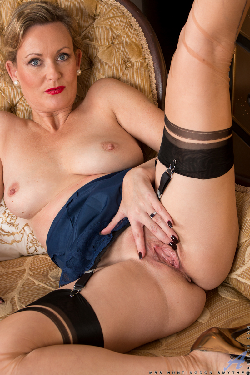 All Free porn mature stockings chick