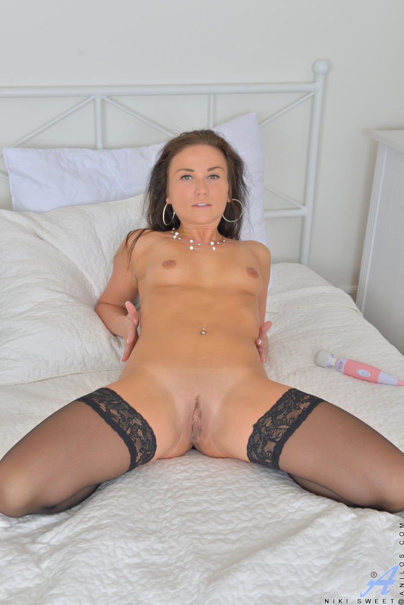 Amateur she has complete control 2