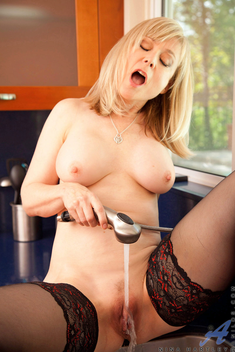 Her moaning Nina hartley big tits squirts