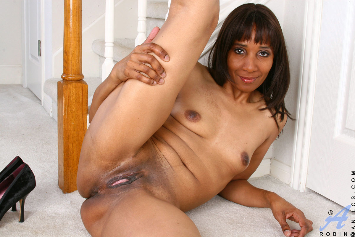 mixed race milf