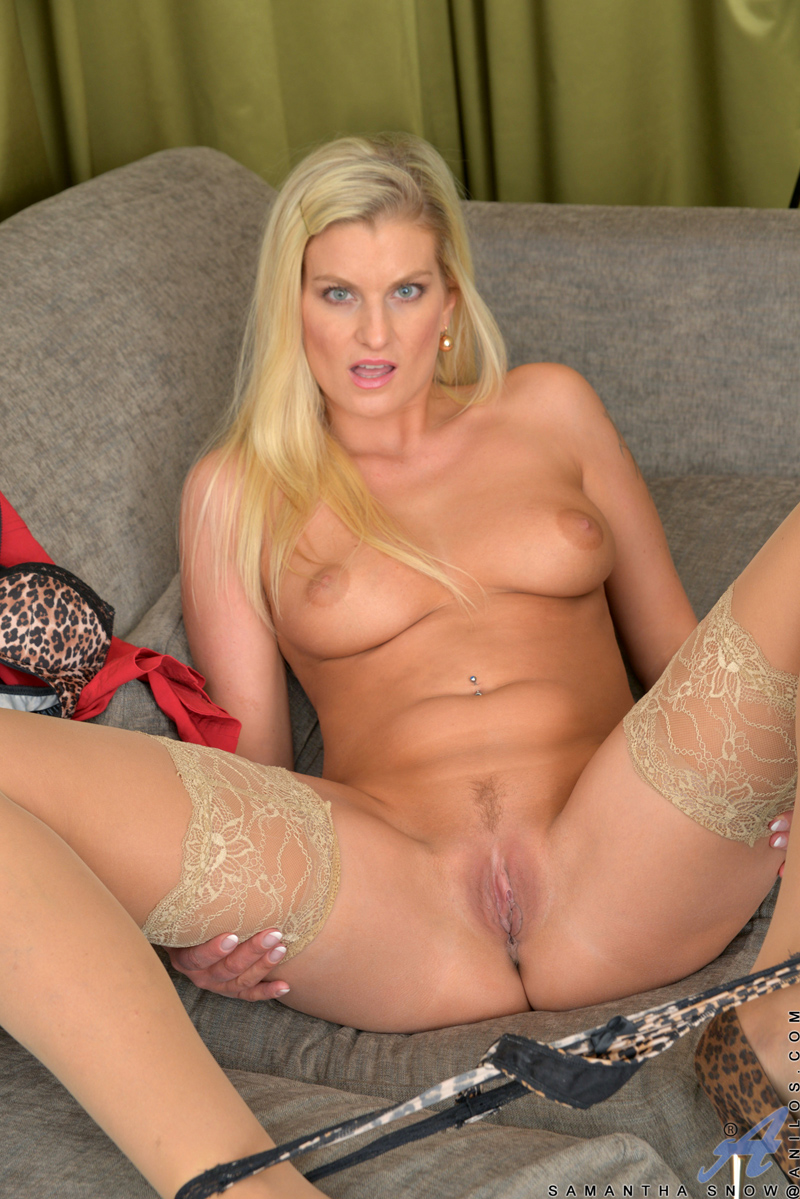 Blonde milf chelsea zinn pov blow job amp deep throats - 3 part 1