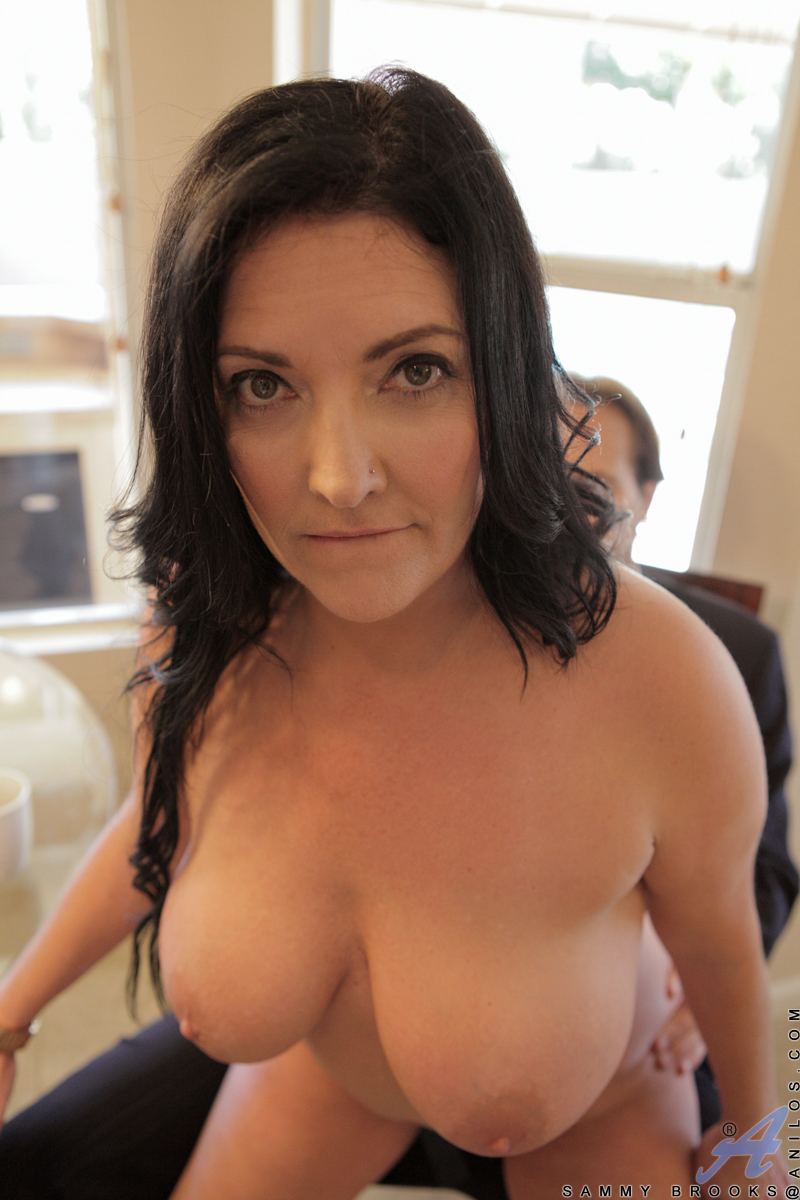 big tit milf quicktime player