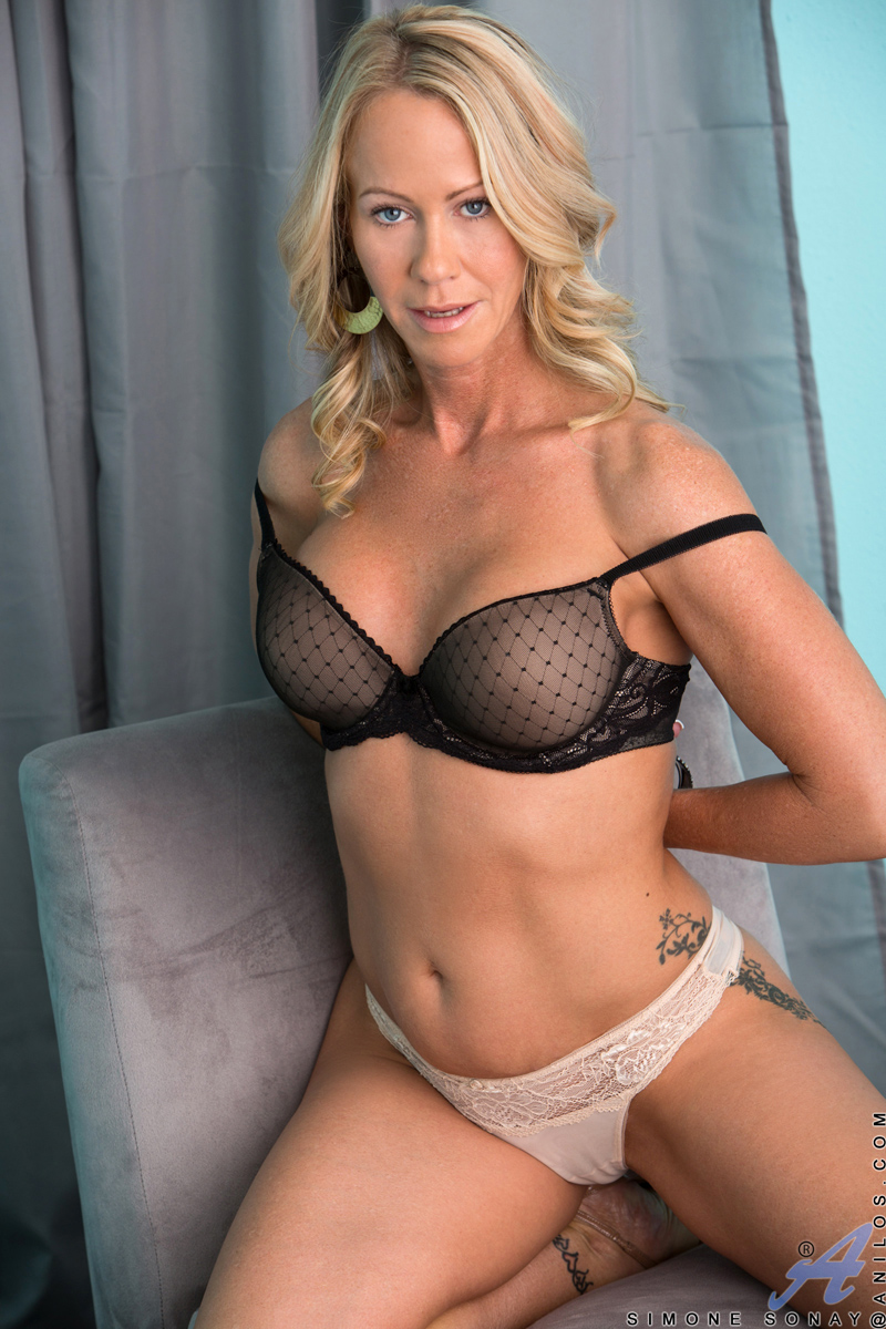 Slutty blonde milf karen fisher is slammed on the couch