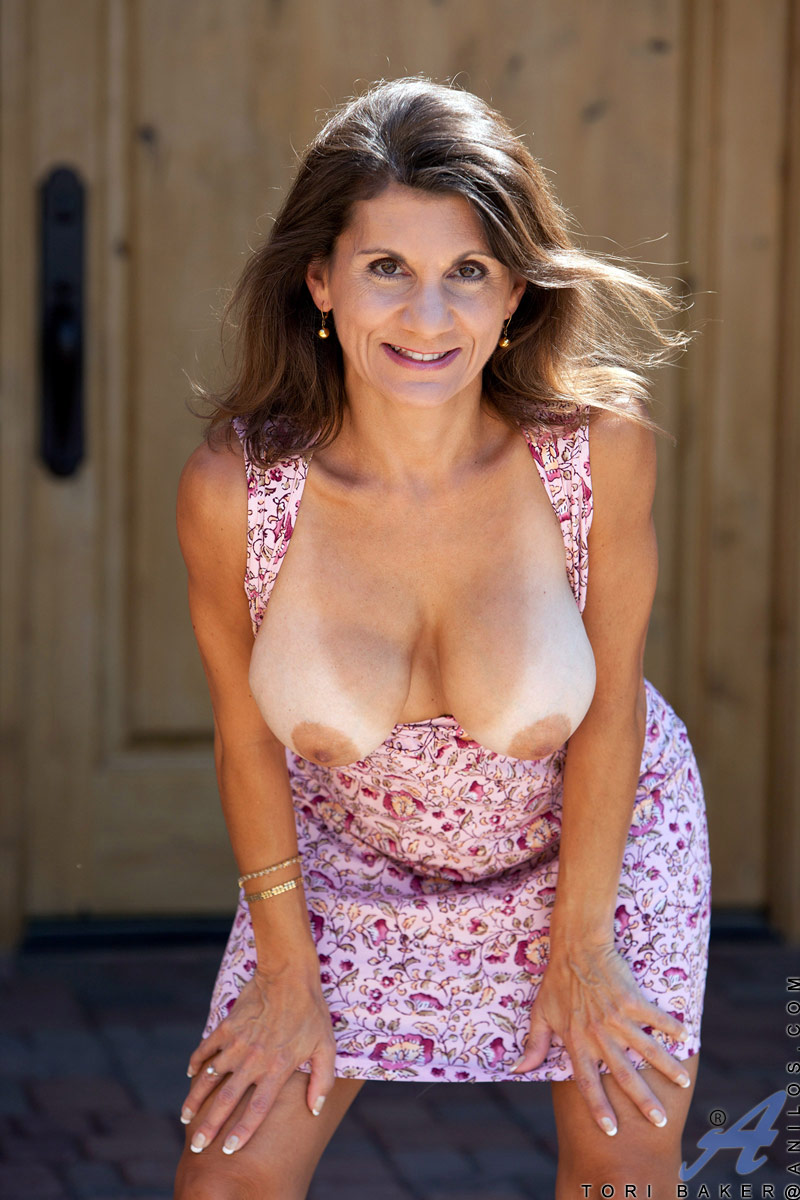 mature nude mature breasts