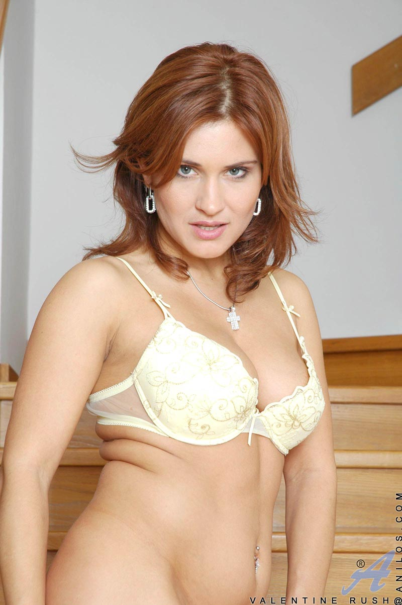 Anilos.com - Freshest mature women on the net featuring Anilos ...
