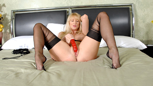 Bethany sweet blonde milf buttfuck - 1 part 10