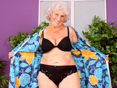Grandma Betty pleasures her old silvery grey pussy with her fingers