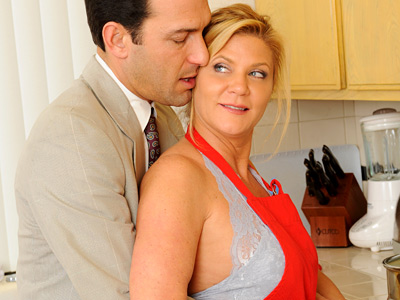 Blonde haired blue eyed milf beauty sucks washstand fucks at Anilos