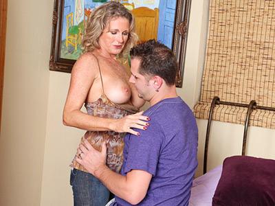 Lucky dude gets to fuck yummy friends hot blonde mom