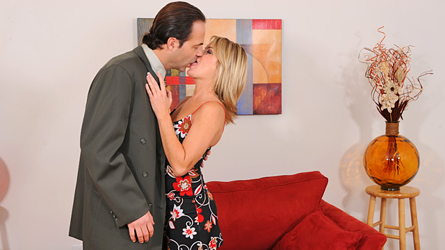 Jessie Fontana mature women video from Anilos