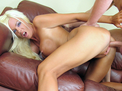 Anilos Jordan Blue hops her milf pussy on a rocked cockvideo
