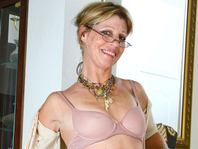 Pretty milf with tiny tits rubs her hairy twat watchband spreads it wide