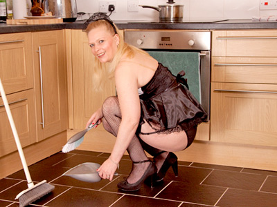 Naughty maid Tamara plays troglodyte her thick pussy in the kitchen