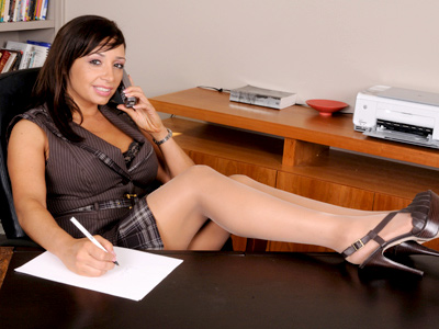Hot milf secretary plays with a rabbit toy on boy lunch break