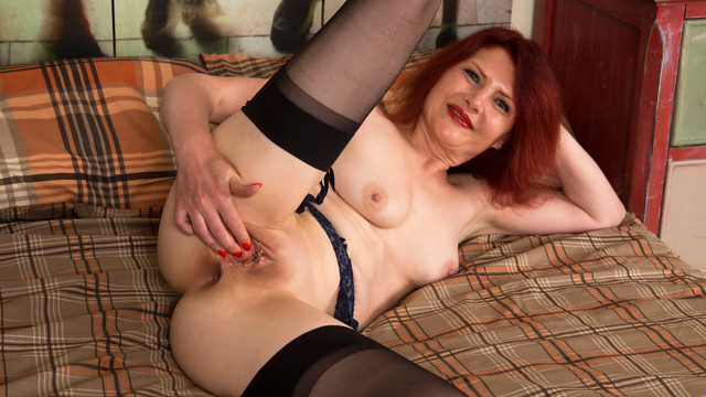 Black Stockings - Anilos.com