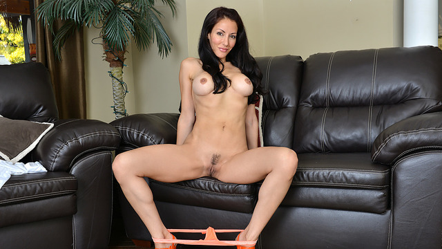 Dark Haired Babe - Anilos.com