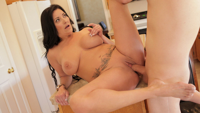 Hot mature housewife tittie fucks her man