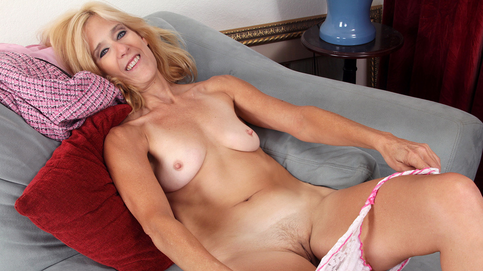 mature women in sex