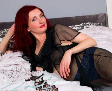 Beautiful brunette mom porn_pic3526