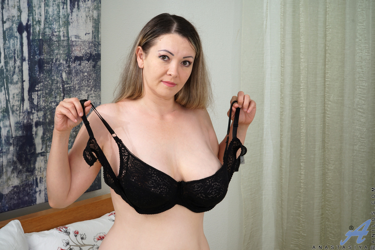 Although 36 year old Anastasiya can dress up nicely, this bigtit mom will drop her clothes at any time so she can play with her huge all naturals and always wet bare snatch. She loves to masturbate, either with her talented fingers or a big dildo that fil