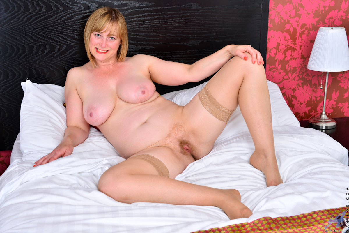 little april hairy pussy