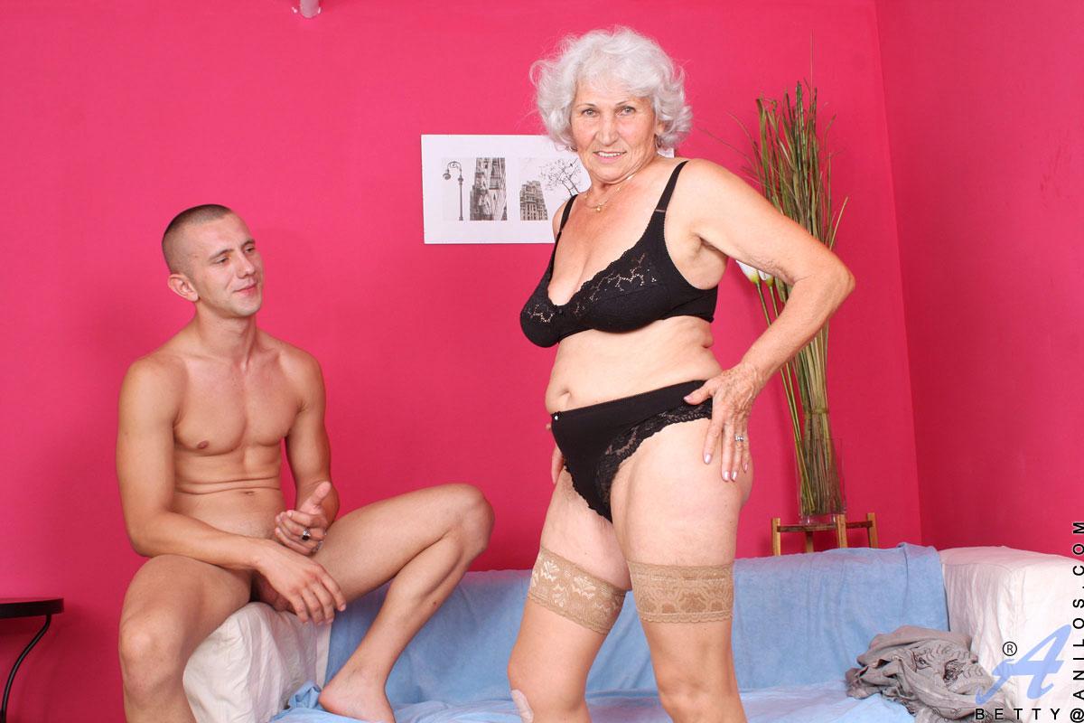 сексуальные бабульки