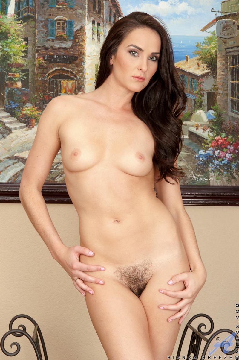 mature model pussy