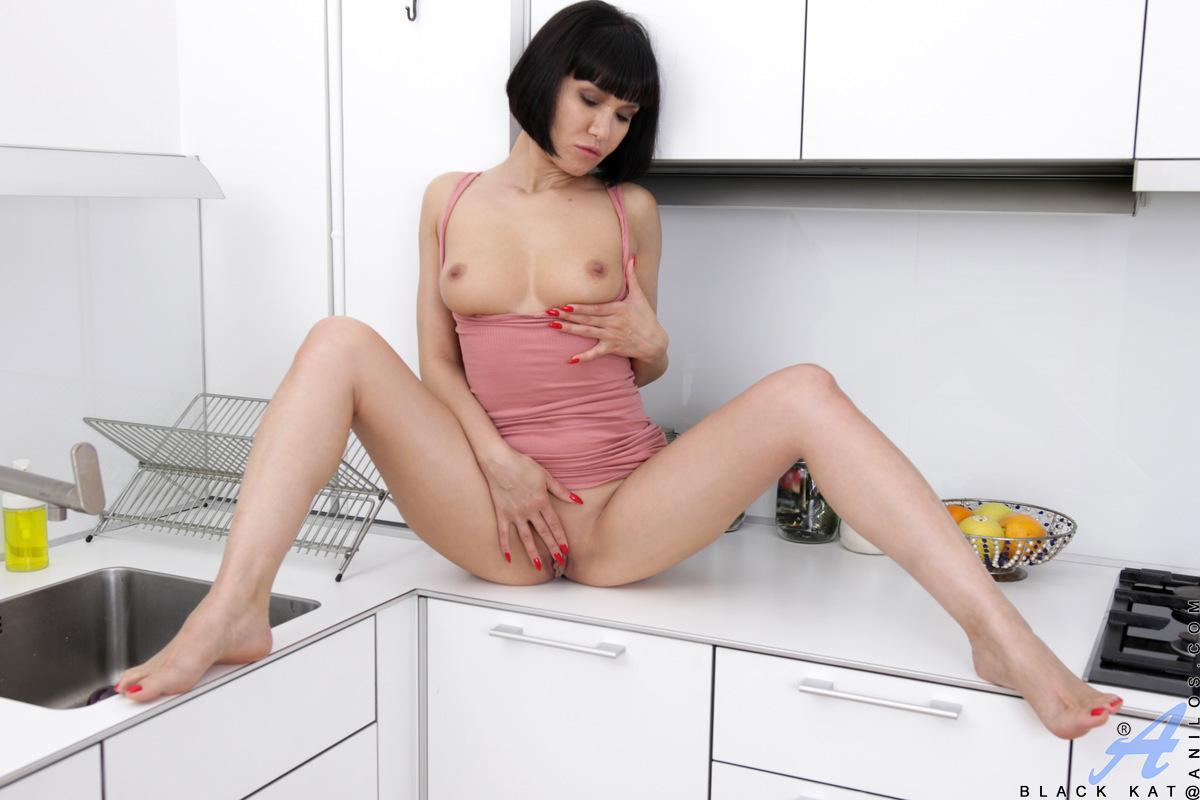 Anilos.com - Black Kat: Cumming In The Kitchen